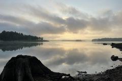 湖面が静かで綺麗です
